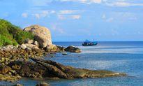 Đánh thức du lịch biển đảo