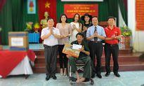 Báo Tiền Phong tặng quà thương bệnh binh tại Hà Nam