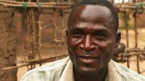 Gặp người đàn ông nhiễm HIV được tôn là 'Thánh sống' để quan hệ với hàng trăm bé gái