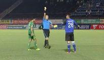 Pha phạm lỗi ghê người đến từ thủ môn V.League - Bửu Ngọc