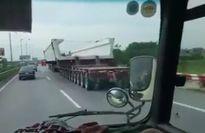 Siêu xe tải 174 bánh trên cao tốc Pháp Vân gây kinh ngạc