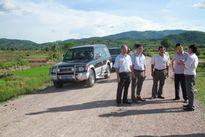 Gia Lai: Nhà thầu làm đường liên thôn miễn phí cho dân
