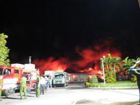 Cháy lớn, Hải Phòng huy động tối đa lực lượng dập lửa