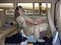 """""""Hóa trang"""" thành ghế ngồi để nhập cư trái phép vào Mỹ"""
