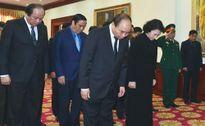 Lãnh đạo Đảng, Nhà nước và TP Hà Nội đến viếng đồng chí Xa-mản Vi-nha-kệt