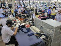 Dệt may xuất khẩu than mất dần lợi thế cạnh tranh do chính sách tỷ giá