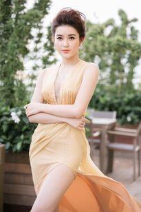 Bí quyết giúp 3 á hậu Việt đẹp 'lấn át' các hoa hậu