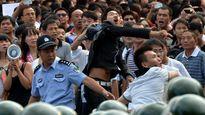 """Trung Quốc nguy cơ """"gậy ông đập lưng ông"""" với chủ nghĩa dân tộc cực đoan"""