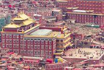 Trung Quốc phá dỡ Học viện Phật giáo đẹp nhất thế giới vì... sợ cháy