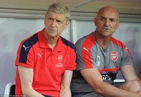 Arsenal nhắm trung vệ tuyển Đức thay thế Mertesacker