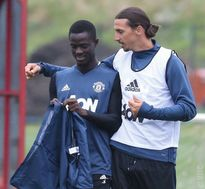 Buổi tập đầu tiên của Ibrahimovic tại Manchester United