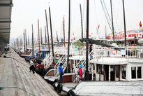 Tàu khách du lịch vịnh Hạ Long đã hoạt động lại sau bão