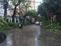 Xuất hiện 'bản đồ' di chuyển ở Hà Nội trong ngày mưa bão