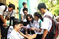 TP HCM: Trường ngoại thành thiếu học sinh lớp 10