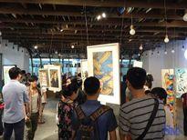 Tự họa cùng các họa sĩ trẻ Hanoi Art 21
