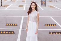Hạ Vi khoe street style tinh tế trong trang phục ren nữ tính