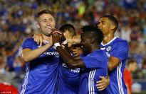 Fabregas nhận thẻ đỏ, Chelsea vẫn thắng tối thiểu Liverpool