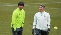 Bastian Schweinsteiger tuyên bố giã từ Đội tuyển Đức