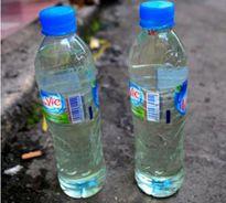 Trẻ suýt thiệt mạng vì uống nhầm dầu hỏa, thuốc diệt cỏ