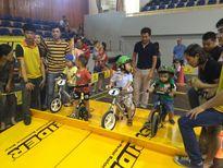Khuyến khích trẻ tăng cường hoạt động thể chất