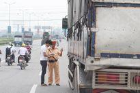 Xe vi phạm tải trọng bị tước có thời hạn 2 loại giấy tờ