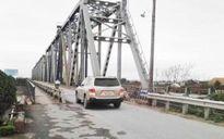 Cho phép ô tô đến 7 chỗ và xe máy lưu thông qua cầu Việt Trì