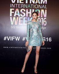 5 sao Việt 'chuyên trị' thời trang sexy Âu Mỹ