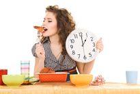 4 lợi ích thiết thực của việc uống đúng cách, ăn đúng giờ
