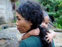 Đẻ con dọc đường, trên rẫy ở vùng rừng núi Quảng Ngãi