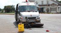 Xe chở linh cữu tông trọng thương 2 người đi xe máy