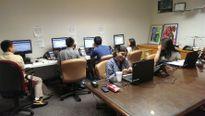 Vì sao người Mỹ gốc Á ít quan tâm đến các cuộc bầu cử Mỹ?