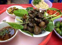 Những món ăn vặt ngon rẻ khó lòng chối từ ở chợ Nhà Xanh