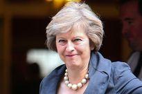 Thủ tướng Anh sẽ thắt chặt quy chế cấp thi thực làm việc và học tập