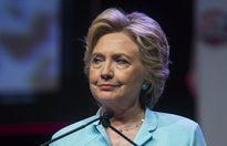 Donald Trump dậm chân tại chỗ, bị Hillary Clinton bỏ xa