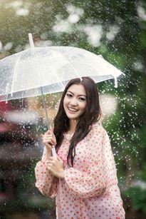 Bí kíp giúp bạn luôn khỏe mạnh trong mùa mưa