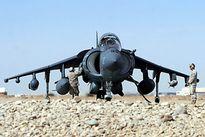 Ảnh đẹp về máy bay cường kích AV-8B Harrier II lơ lửng trên không