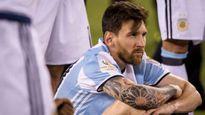 Maradona: Messi là một kịch sĩ