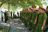 """Hơn 1.300 học viên Cảnh sát về Nghệ An thực hiện """"3 cùng"""""""