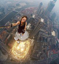 Lạnh người với màn 'tự sướng' ở độ cao 640m của cô gái người Nga