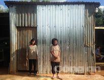 Cậu bé 11 tuổi tự tử vì không có quần áo mới: Cảnh bần hàn cùng cực trong căn nhà lợp tôn