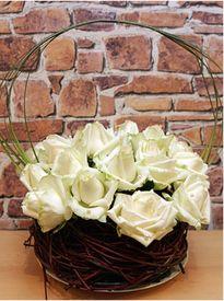 """4 cách cắm hoa hồng cực đơn giản bạn cần """"bỏ túi"""""""
