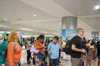 Phí visa cho du khách Mỹ đến VN tăng hơn 5 lần