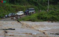 Hàng nghìn hộ dân ở Mang Yang, Gia Lai bị cô lập vì nước lũ