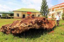 Bắt hòn đá hơn 20 tấn: Sẽ xử lý đúng quy trình