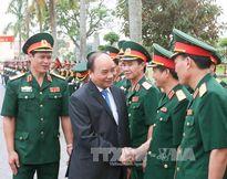 Thủ tướng làm việc tại Quân khu 3