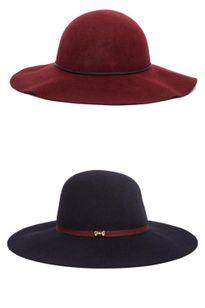 Những chiếc mũ hoàn hảo cho mùa thu của mỹ nhân thế giới