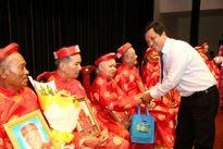 Vinamilk tổ chức lễ mừng thọ và chăm sóc sức khỏe người cao tuổi tại TP HCM