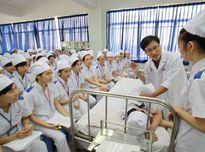 Nhân lực ngành y tế: Thiếu số lượng, yếu chất lượng