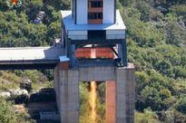 """Bí ẩn động cơ tên lửa """"khủng"""" của Triều Tiên"""