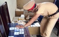 Xe tải chở gần 1.000 bao thuốc lá lậu bị bắt giữ